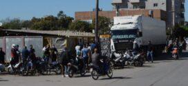 Resistencia en Fase 3: Revolución de mayo en la zona sur, locro sí, cuarentena no! [ver video]